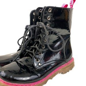 CA Collection by Carrini Black Shiny Boots Pink